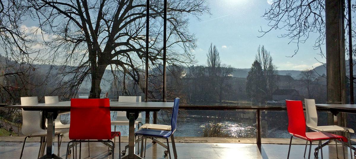 Besançon, le Doubs et le Parc Micaud depuis l'Office du Tourisme ©Marcel Schiess