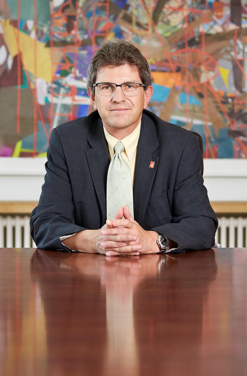 M. Erich Fehr, Maire de Bienne - ©Photographie : Dirk Weiss